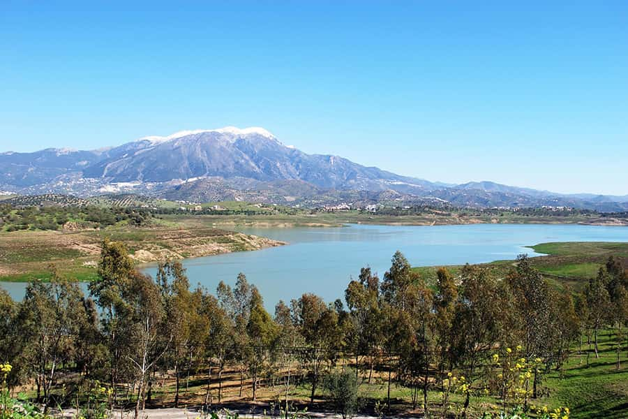 The Viñuela lake